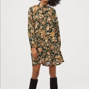 Balloon sleeve dark green and brown floral dress